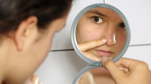 4-kandungan-penting-dalam-produk-perawatan-wajah-berjerawat.png