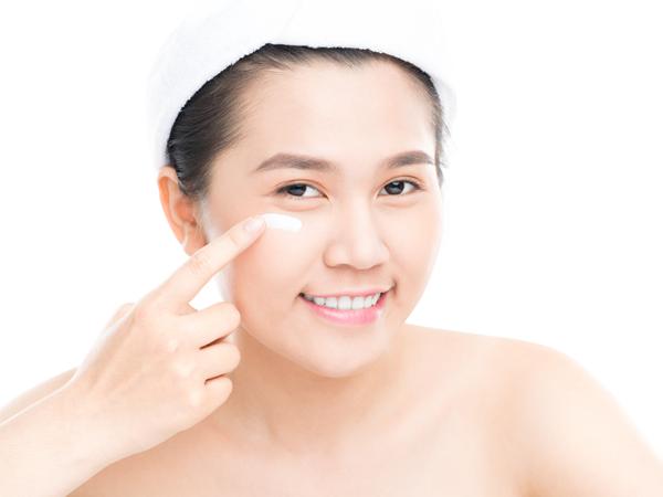 4-tips-praktis-rawat-kulit-wajah-berminyak