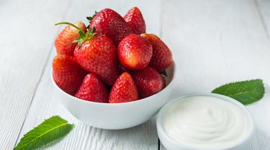 manfaat-buah-strawberry-untuk-kecantikan-kulit-dan-rambut-thumbnail.png